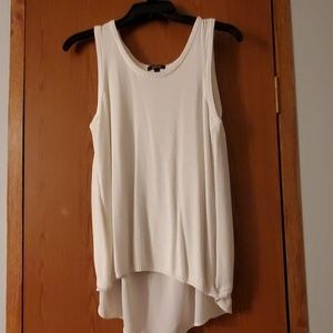 White sleeveless shirt